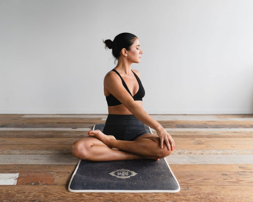 Getting Started With Yoga: Yoga Accessories Reviews for Beginners